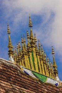 Wat Xieng Thong roof