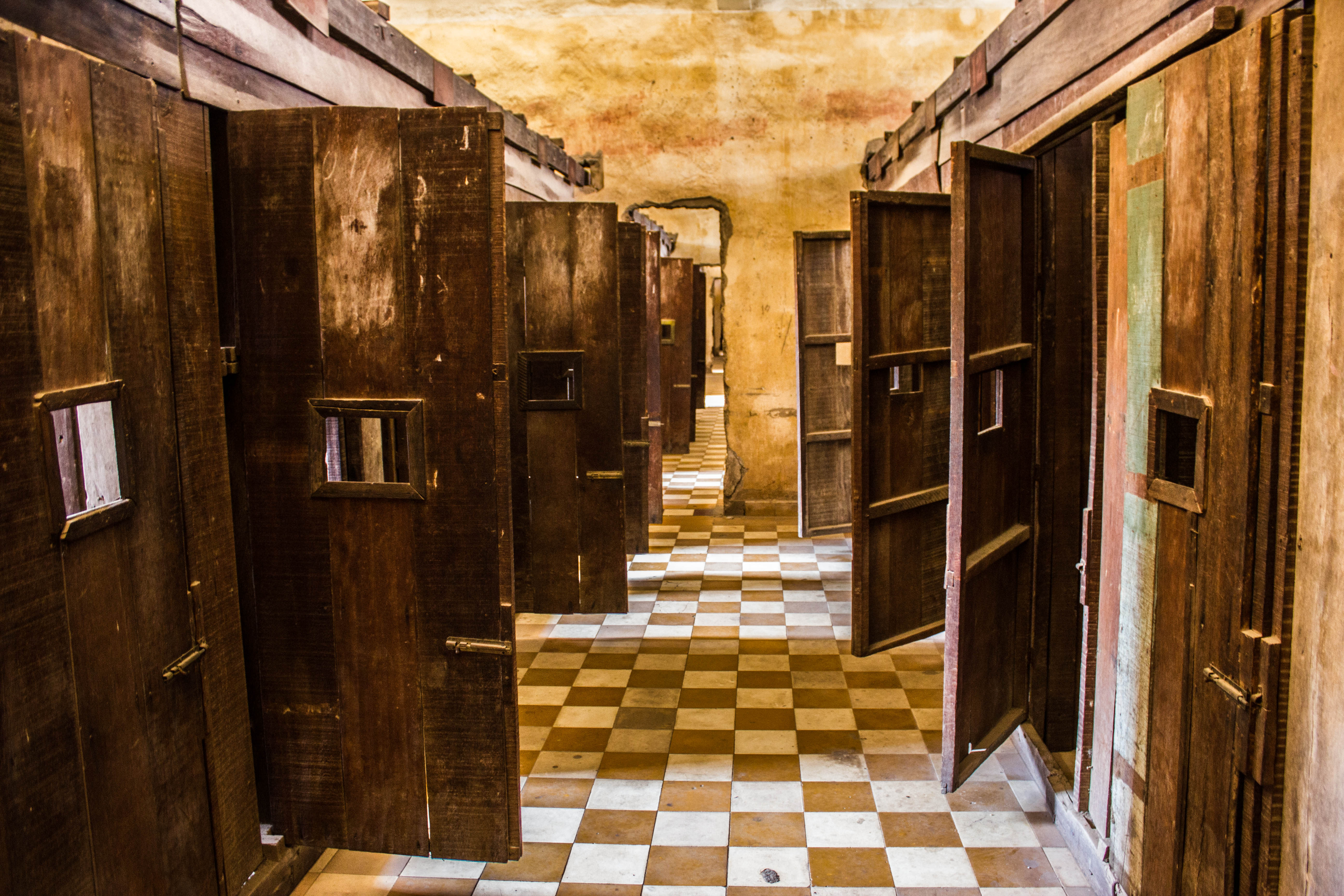 Tuol Sleng & The Killing Fields | Red, White & Lost